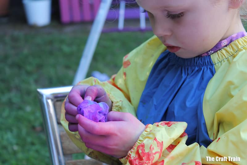 tie dying process art activity for kids