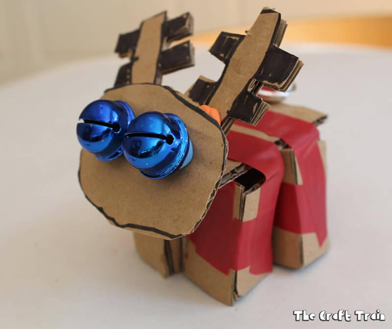 Cardboard reindeer, a cute kid-made Christmas craft