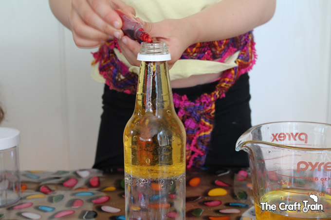 oil-water-discovery-bottles-2