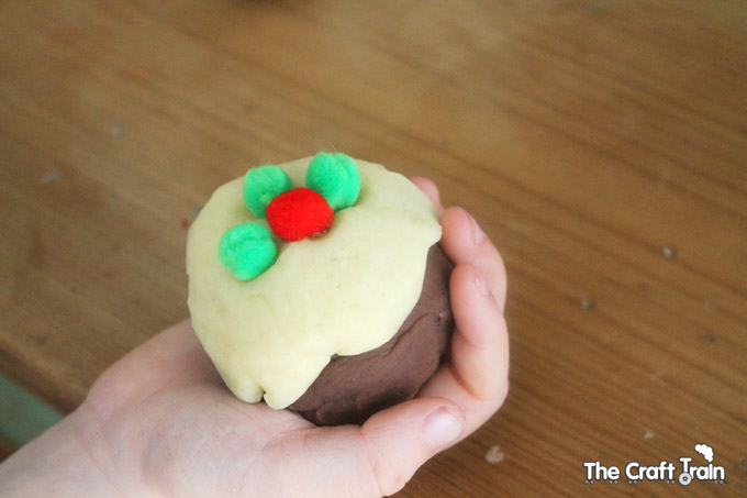 Christmas-pudding-dough-7