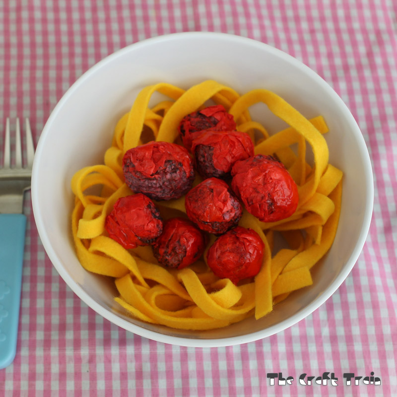 pretend play pasta and meatballs