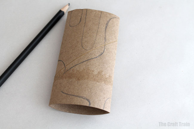 Paper roll bunnies step 1