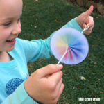whirlygig cardboard spinner craft for kids – free printable patterns