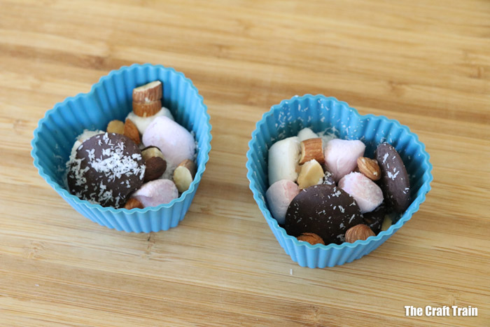 how to make rocky road bites in your solar oven