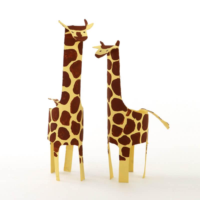 Cardboard tube giraffe