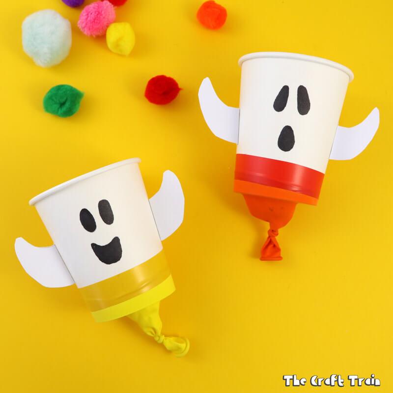 Ghost pom pom poppers for Halloween