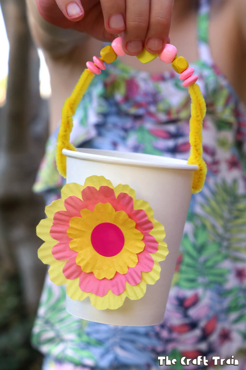 Flower baskets the craft train paper cup flower baskets perfect for easter and very quick and easy to make mightylinksfo