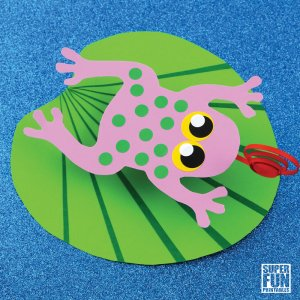 Make a cute bouncy frog on a Lily Pad with our printable template #frogs #frogcraft #kidscraft #papercraft #printable