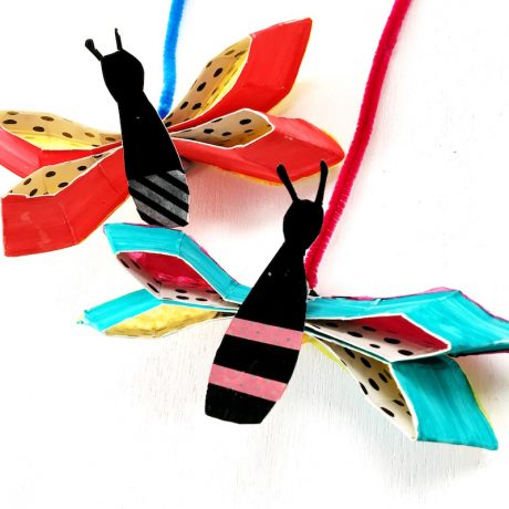 paper plate butterfly craft for kids #butterflies #Spring #kidscrafts #paperplates