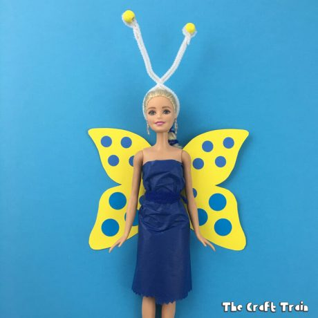 Easy Barbie butterfly outfit DIY, made from paper with printable template for the wings #butterfly, #barbie #dolls #springcrafts
