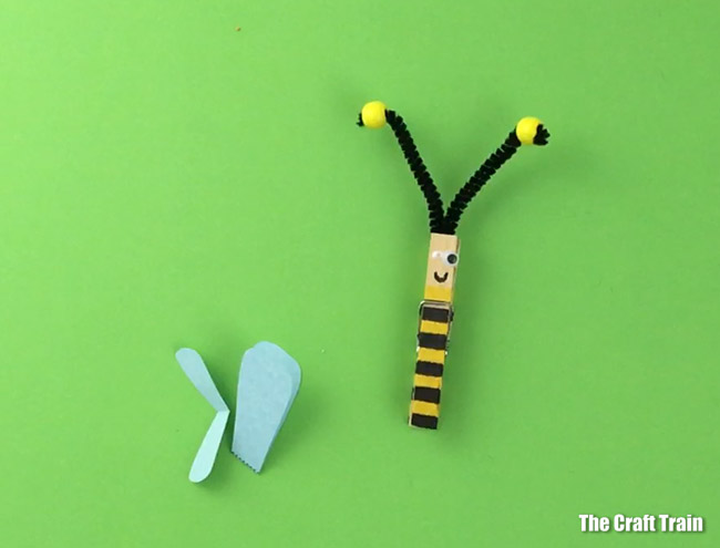 how to make a cute peg bee process photo