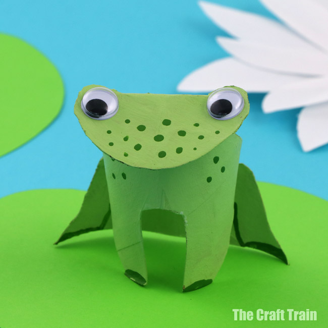 Paper Roll Frogs