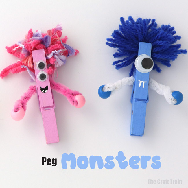 Monster craft idea for kids: Make cute peg monsters for Halloween – such a fun and easy craft for kids! #monsters #monstercraft #pegcraft #kidscrafts #halloween #halloweencrafts