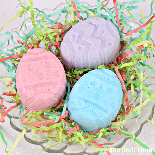 Easter surprise bath bombs