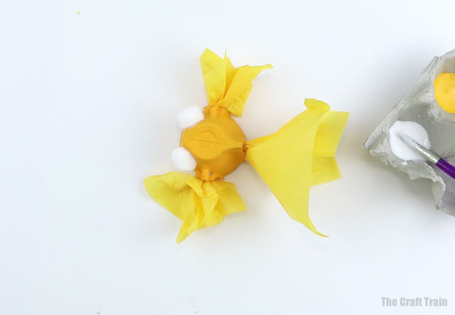 How to make an egg carton goldfish - process