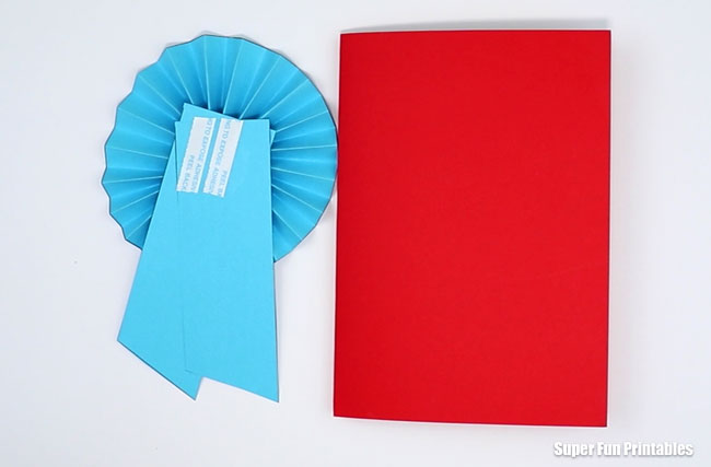 Paper prize ribbon fathers day card steps