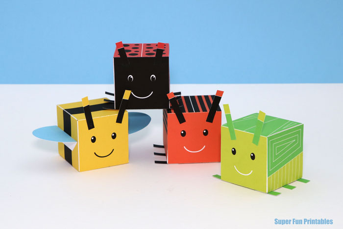 The cutest bug craft for kids. Make 3D bugs from cubes with this printable template
