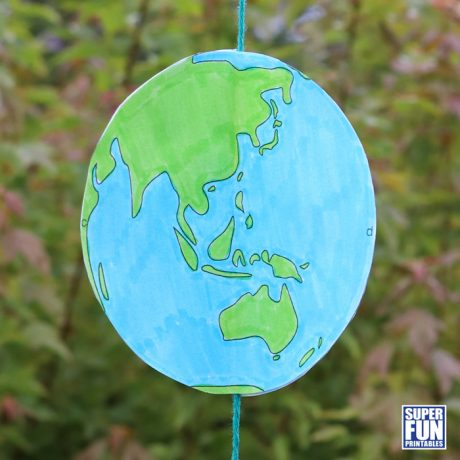 Spinning paper earth craft for kids