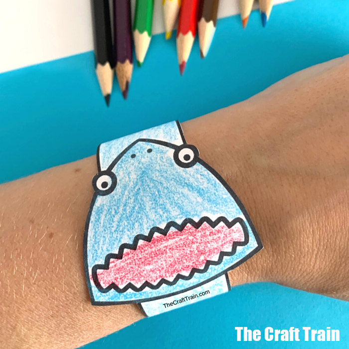 shark paper bracelet craft for kids