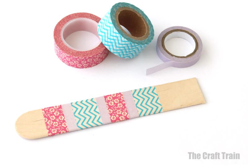 Washi tape steps for banjo craft