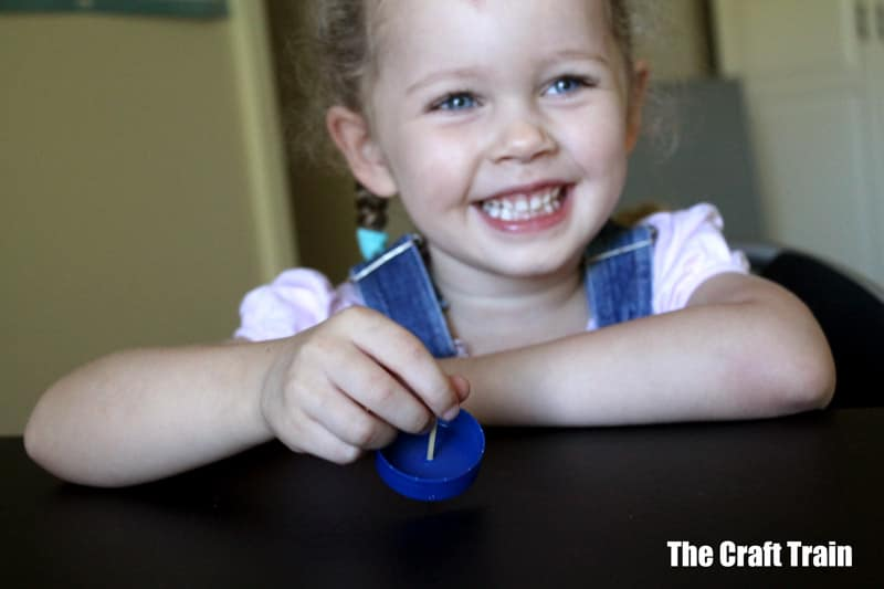 spinning top craft idea for kids